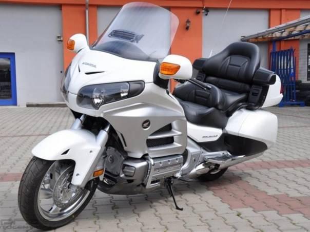 Honda GL GL1800 Gold Wing Deluxe, foto 1 Auto – moto , Motocykly a čtyřkolky | spěcháto.cz - bazar, inzerce zdarma