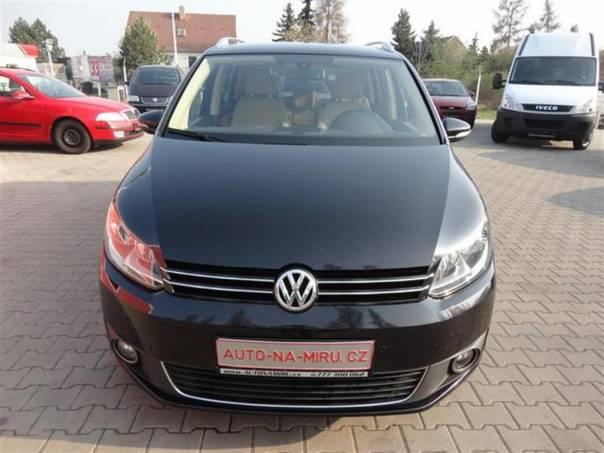 Volkswagen Touran 2.0TDI 103kw DSG HIGHLINE 2012, foto 1 Auto – moto , Automobily | spěcháto.cz - bazar, inzerce zdarma