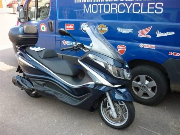 Piaggio  X10 350 Executive s ABS-ASR-VÝPRODEJ, foto 1 Auto – moto , Motocykly a čtyřkolky | spěcháto.cz - bazar, inzerce zdarma