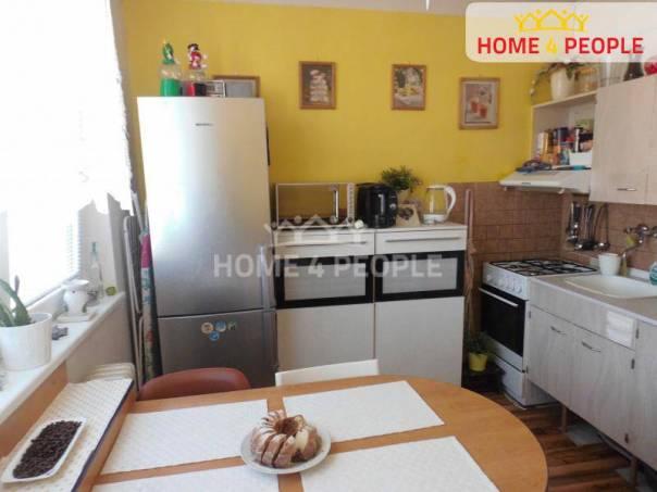 Prodej bytu 1+1, Hustopeče, foto 1 Reality, Byty na prodej | spěcháto.cz - bazar, inzerce