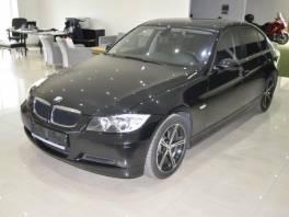 BMW Řada 3 318i,ČR