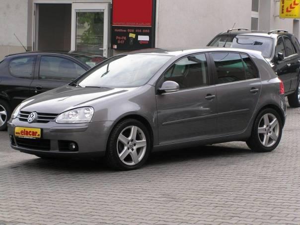 Volkswagen Golf 2.0 TDI, 103kW, Super stav, foto 1 Auto – moto , Automobily | spěcháto.cz - bazar, inzerce zdarma
