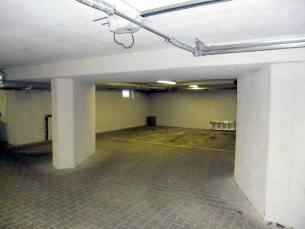 Pronájem garáže, Olomouc, foto 1 Reality, Parkování, garáže | spěcháto.cz - bazar, inzerce