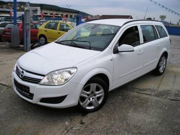 Opel Astra 1,3CDTI KLIMA model 2009, foto 1 Auto – moto , Automobily | spěcháto.cz - bazar, inzerce zdarma