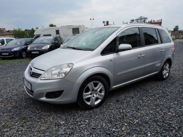 Opel Zafira 1.7 CDTI NAVI 2xPDC, foto 1 Auto – moto , Automobily | spěcháto.cz - bazar, inzerce zdarma