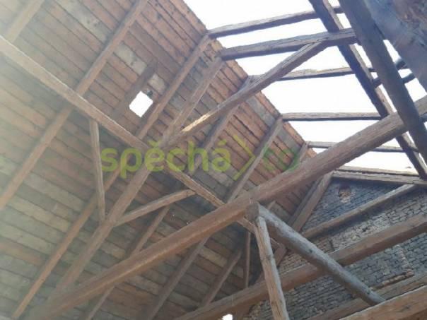 Poptávka na staré trámy stodoly statku, foto 1 Dům a zahrada, Stavba a rekonstrukce | spěcháto.cz - bazar, inzerce zdarma