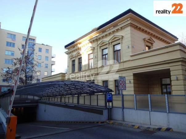 Prodej garáže, Praha 2, foto 1 Reality, Parkování, garáže | spěcháto.cz - bazar, inzerce