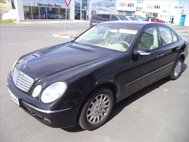 Mercedes-Benz Třída E 3,2 E 320 4-MATIC AUT., foto 1 Auto – moto , Automobily | spěcháto.cz - bazar, inzerce zdarma