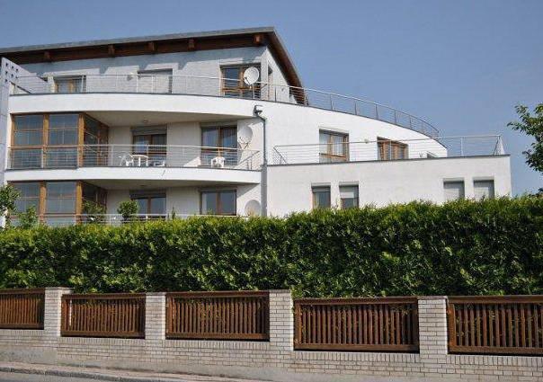 Pronájem bytu 4+1, Praha - Liboc, foto 1 Reality, Byty k pronájmu   spěcháto.cz - bazar, inzerce