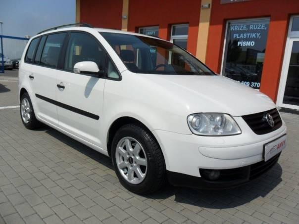 Volkswagen Touran 1,6 FSI, ALU, DIGI KLIMA, foto 1 Auto – moto , Automobily | spěcháto.cz - bazar, inzerce zdarma