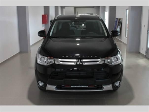 Mitsubishi Outlander 3G 2,2 DI-D 4WD AT INTENSE+, foto 1 Auto – moto , Automobily | spěcháto.cz - bazar, inzerce zdarma