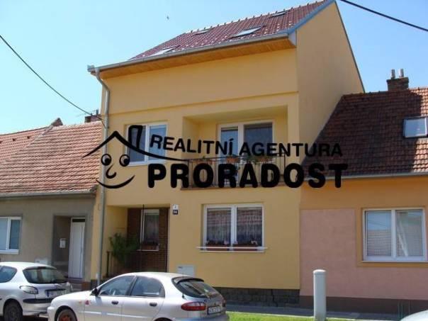 Prodej domu, Hustopeče, foto 1 Reality, Domy na prodej | spěcháto.cz - bazar, inzerce