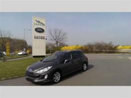 Peugeot 308 1.6 HDI,NAVI,1.MAJ,DPH,SERVISKA,PANORAMA
