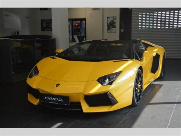 Lamborghini Aventador 6.5 LP 700-4 Roadster, foto 1 Auto – moto , Automobily | spěcháto.cz - bazar, inzerce zdarma