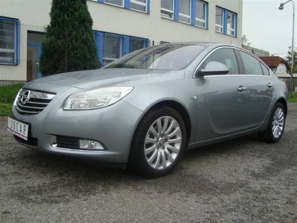 Opel Insignia 2,0CDTi COSMO,Serviska,TopStav, foto 1 Auto – moto , Automobily | spěcháto.cz - bazar, inzerce zdarma