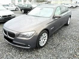 BMW Řada 7 750Li xDrive INDIVIDUAL