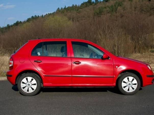 Škoda Fabia 1.2(12V), 39000km, foto 1 Auto – moto , Automobily | spěcháto.cz - bazar, inzerce zdarma
