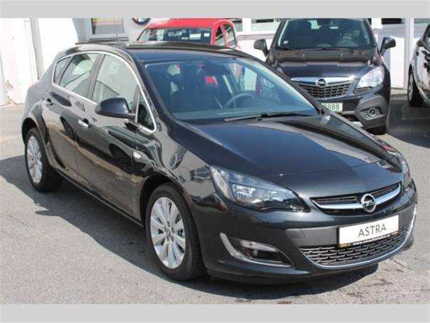 Opel Astra 1.4 TURBO Cosmo, KLIMA, foto 1 Auto – moto , Automobily | spěcháto.cz - bazar, inzerce zdarma