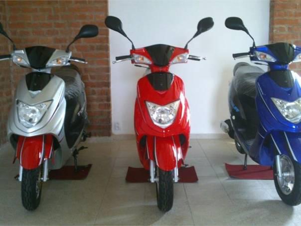 KM TOURS 50ccm 4T, foto 1 Auto – moto , Motocykly a čtyřkolky   spěcháto.cz - bazar, inzerce zdarma