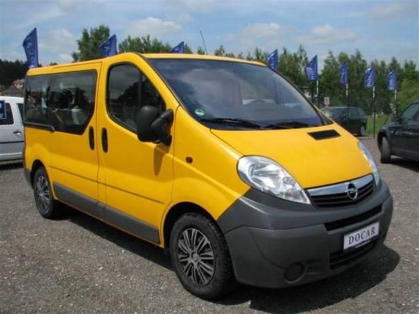 Opel Vivaro 2.5 CDTI, klima, 9 míst, foto 1 Užitkové a nákladní vozy, Autobusy | spěcháto.cz - bazar, inzerce zdarma