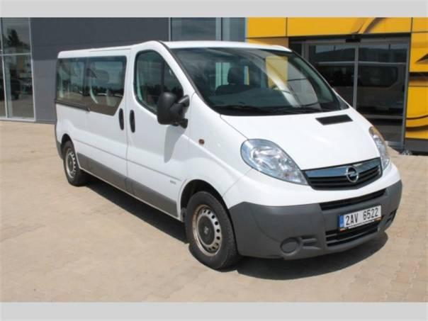 Opel Vivaro Combi 2,0 CDTi L2H1,9 míst,AC, foto 1 Užitkové a nákladní vozy, Autobusy | spěcháto.cz - bazar, inzerce zdarma
