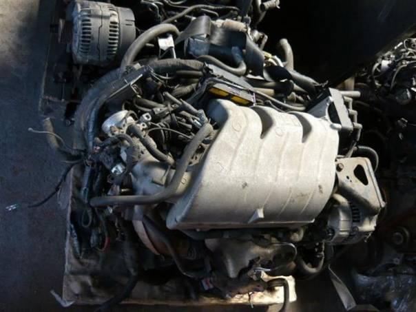 Chrysler Grand Voyager Motor 3,3 V, foto 1 Náhradní díly a příslušenství, Osobní vozy | spěcháto.cz - bazar, inzerce zdarma