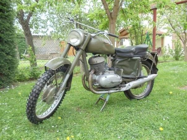 250/A Švéd, foto 1 Auto – moto , Motocykly a čtyřkolky | spěcháto.cz - bazar, inzerce zdarma