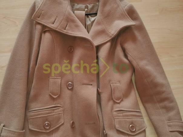 737063198229 Zimní kabátek Orsay