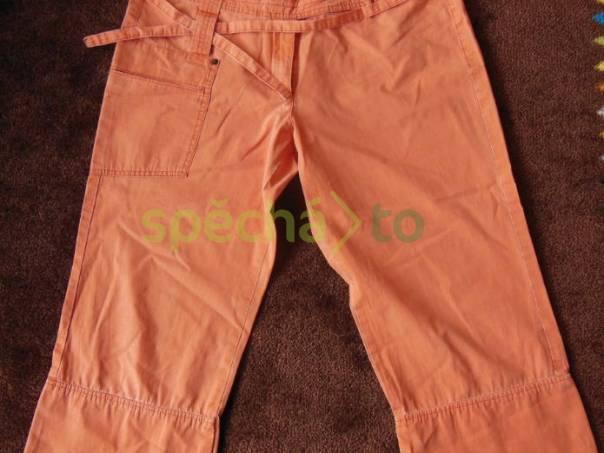 Capri kalhoty, oranžové, odlehčená riflovina, zn. WILLIAM & DELVIN, velikost 42, foto 1 Dámské oděvy, Kalhoty, šortky | spěcháto.cz - bazar, inzerce zdarma