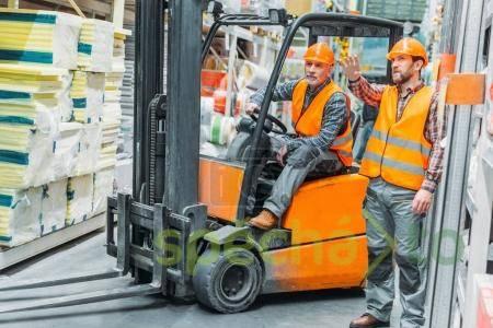 Zkušený řidič retraku, foto 1 Nabídka práce, Logistika a doprava | spěcháto.cz - bazar, inzerce zdarma