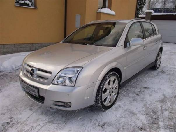 Opel Signum 2,2 DTI 16V *servis.kn.*92 kW, foto 1 Auto – moto , Automobily | spěcháto.cz - bazar, inzerce zdarma