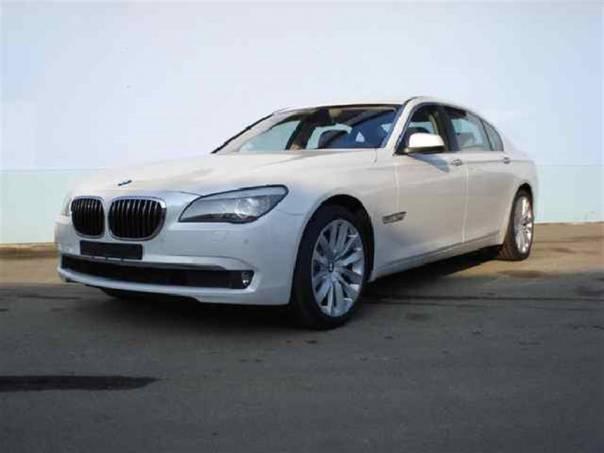 BMW Řada 7 3,0 Lim - NOVÝ VŮZ, foto 1 Auto – moto , Automobily | spěcháto.cz - bazar, inzerce zdarma