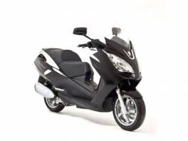 Satelis2 125i - černá metalíza , Auto – moto , Motocykly a čtyřkolky  | spěcháto.cz - bazar, inzerce zdarma