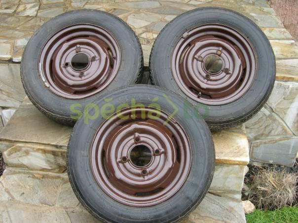 Prodej pneumatik Barum Radial 155 S R 14  s disky na ŠKODA 110R, 100, foto 1 Náhradní díly a příslušenství, Osobní vozy | spěcháto.cz - bazar, inzerce zdarma