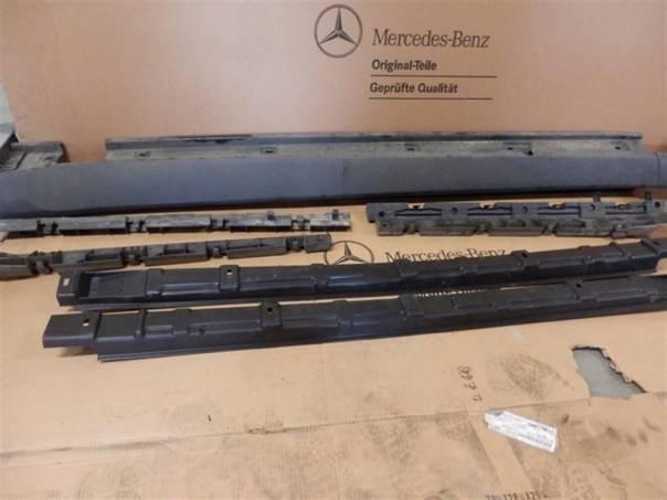 Mercedes-Benz Třída ML Plastové prahy na ML W164, foto 1 Náhradní díly a příslušenství, Osobní vozy | spěcháto.cz - bazar, inzerce zdarma