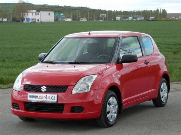 Suzuki Swift 1,3 i 67 kW * VELMI PĚKNÝ *, foto 1 Auto – moto , Automobily | spěcháto.cz - bazar, inzerce zdarma