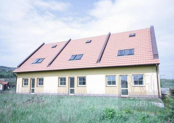 Prodej domu, Jenčice, foto 1 Reality, Domy na prodej   spěcháto.cz - bazar, inzerce