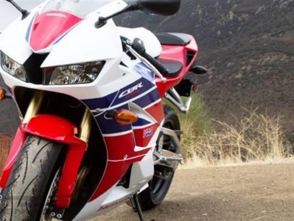 Honda CBR CBR 600 RR 2014, foto 1 Auto – moto , Motocykly a čtyřkolky | spěcháto.cz - bazar, inzerce zdarma