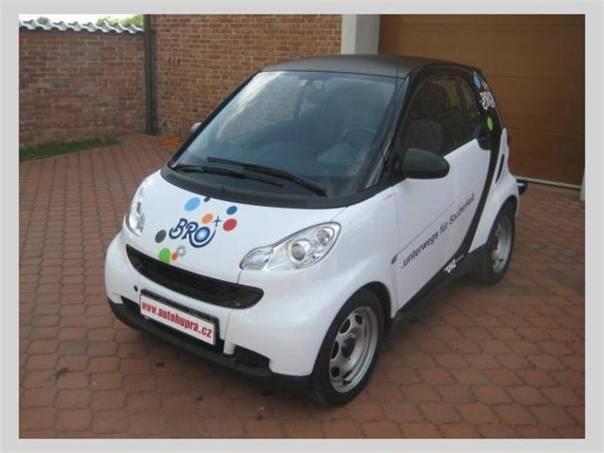 Smart Fortwo Coupe 1,0i, foto 1 Auto – moto , Automobily | spěcháto.cz - bazar, inzerce zdarma