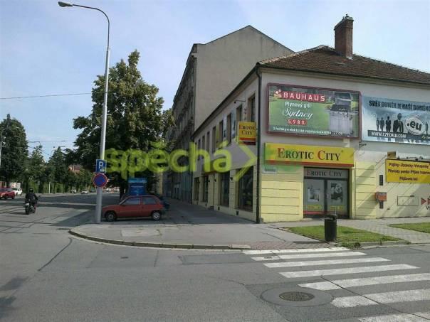 Pronájem prostor obchod prodejna autosalon banka Brno, foto 1 Reality, Nebytový prostor | spěcháto.cz - bazar, inzerce
