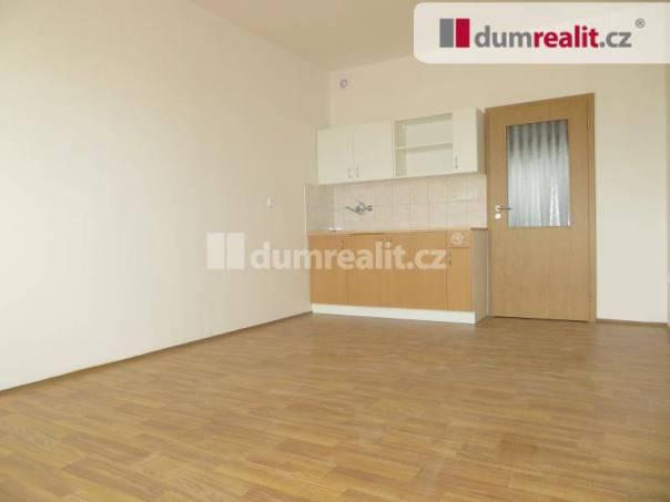 Pronájem bytu 1+kk, Praha-Řeporyje, foto 1 Reality, Byty k pronájmu | spěcháto.cz - bazar, inzerce