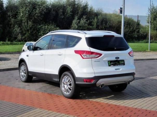 Ford Kuga 2.0 TDCi 4x4 Aut. Titanium Navi Xen, foto 1 Auto – moto , Automobily | spěcháto.cz - bazar, inzerce zdarma