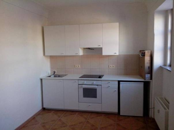 Pronájem bytu 1+1, Rousínov, foto 1 Reality, Byty k pronájmu | spěcháto.cz - bazar, inzerce