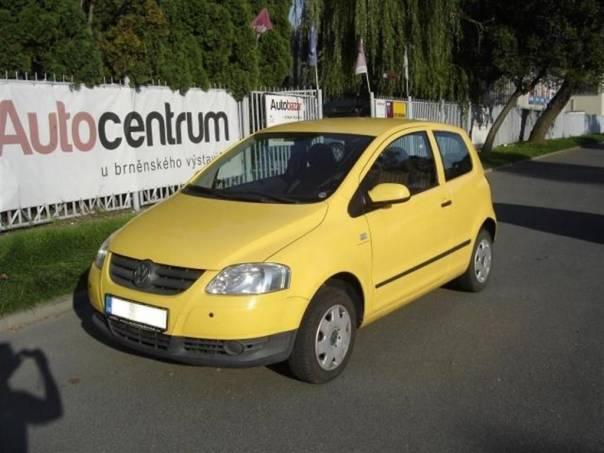 Volkswagen Fox 1,2 KLIMA,SERVISKA,1.MAJITEL, foto 1 Auto – moto , Automobily | spěcháto.cz - bazar, inzerce zdarma