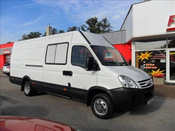Iveco Daily 2.3  HPi 35C12V - 9 míst, foto 1 Užitkové a nákladní vozy, Do 7,5 t   spěcháto.cz - bazar, inzerce zdarma