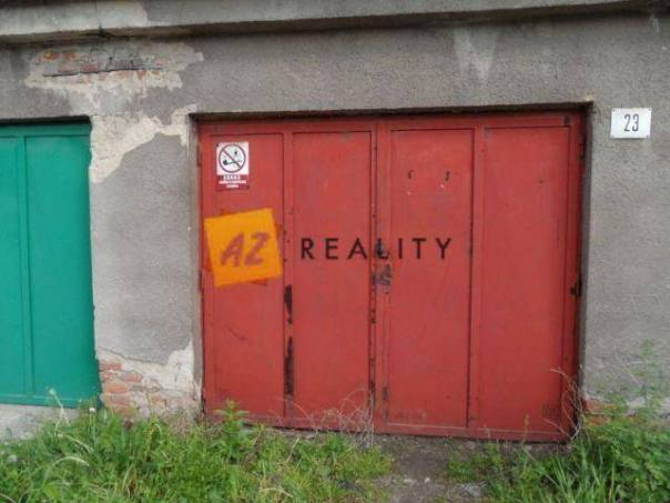 Prodej garáže, Chlumec, foto 1 Reality, Parkování, garáže | spěcháto.cz - bazar, inzerce