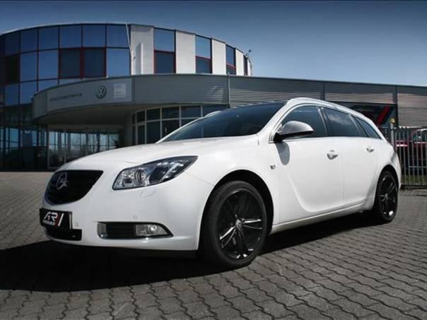 Opel Insignia Sports Tourer Sport 4x4, Garance, foto 1 Auto – moto , Automobily   spěcháto.cz - bazar, inzerce zdarma