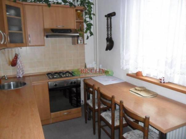 Prodej bytu 3+1, Krnov - Pod Bezručovým vrchem, foto 1 Reality, Byty na prodej | spěcháto.cz - bazar, inzerce