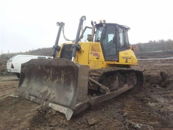 D 180LT buldozer, foto 1 Náhradní díly a příslušenství, Ostatní | spěcháto.cz - bazar, inzerce zdarma
