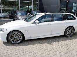 BMW Řada 5 M550d xDrive M-Sport HUP Xen